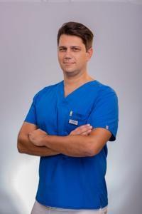 IVAN BRAKUS, dr.med.dent., specijalist oralne kirurgije