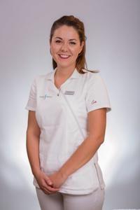 NIKOLINA PEROŠ, dentalni asistent