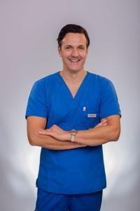 VLADIMIR TEŠIJA, dentalni tehničar