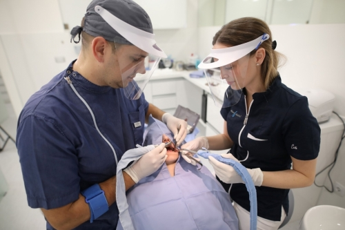 Salona Dental Oralna kirurgija 2
